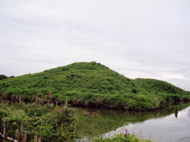 さきたま風土記の丘・稲荷山古墳