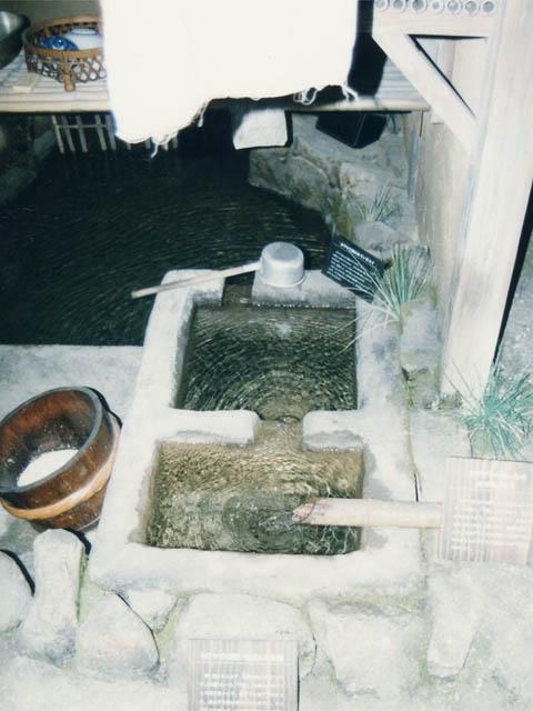 琵琶湖博物館・民家の2層の流し