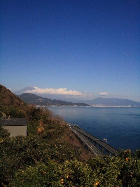 薩埵峠(駐車場からの眺め)