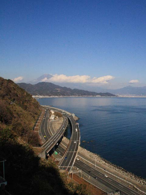 薩埵峠(遊歩道の展望台からの眺め)