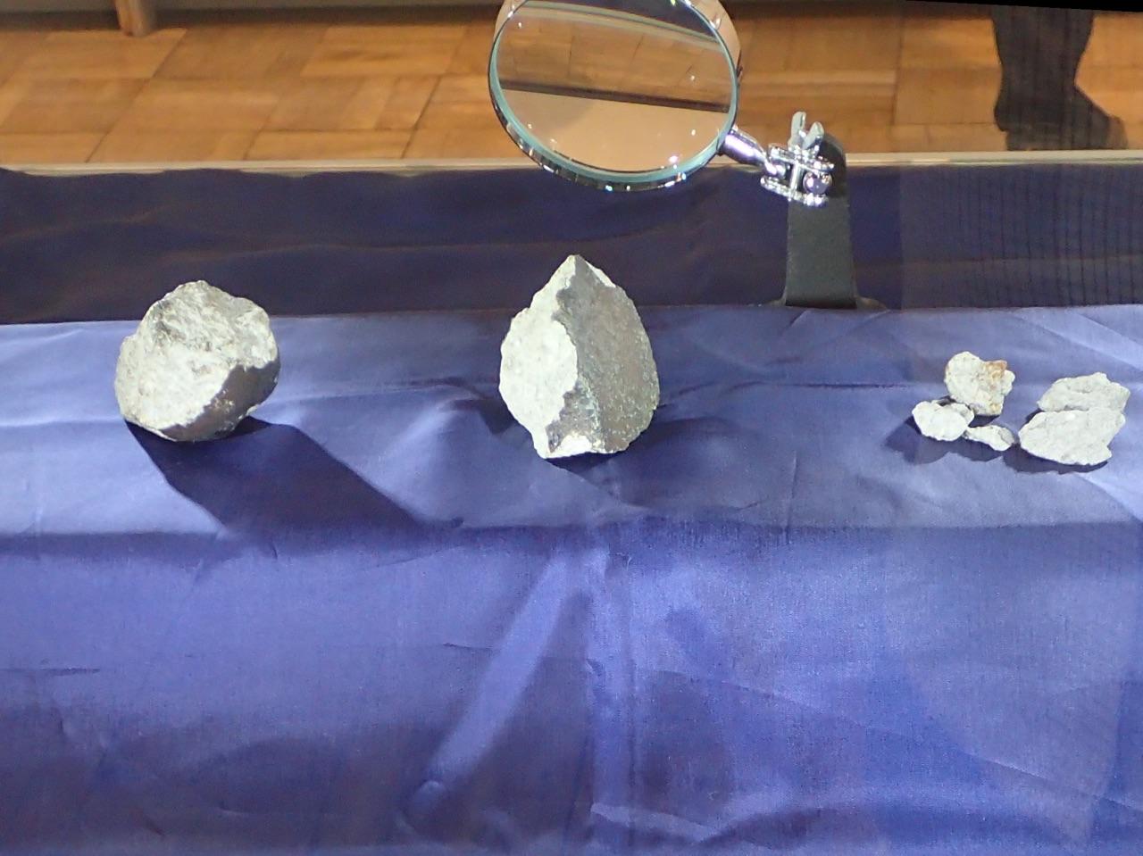 青森県立郷土館「コロコロ・STONE—あおもり石ものがたり」展